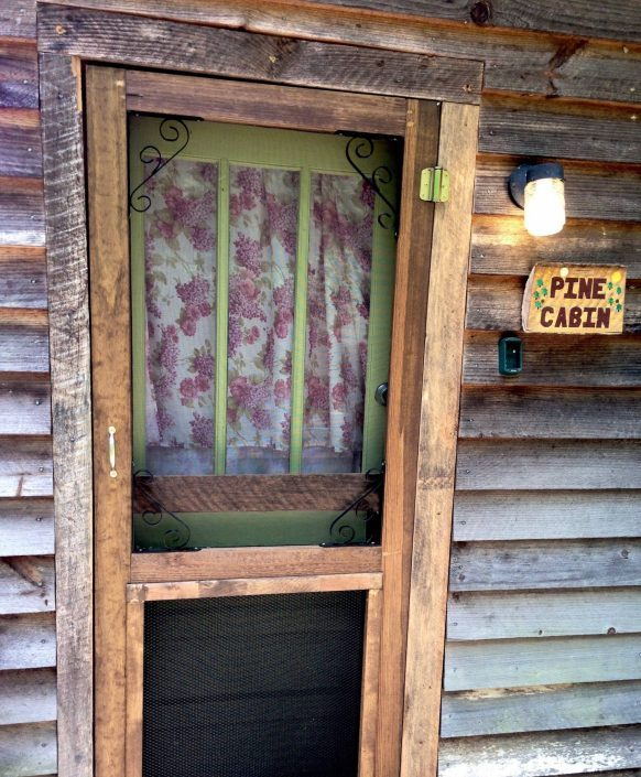 The Pine Cabin