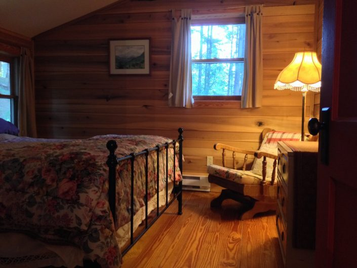 The Poplar Cabin Bedroom