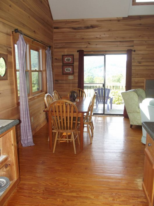 The Poplar Cabin Dining Room