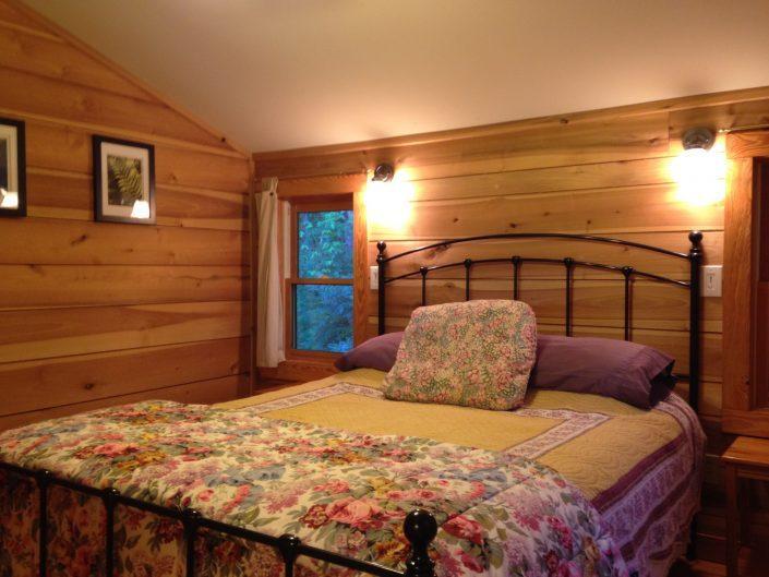 The Poplar Cabin Bedroom