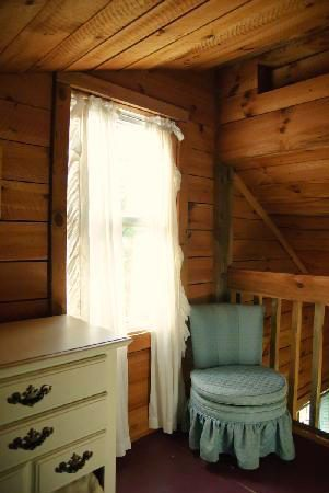 PIne Bedroom Sunny Window